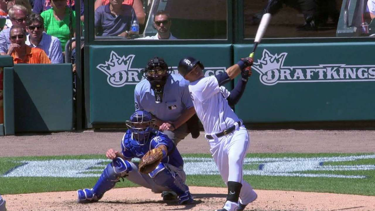 Ventura can't adjust as Tigers make him pay