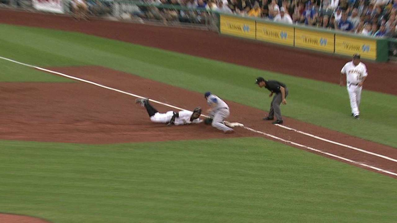 Rollins throws out Polanco