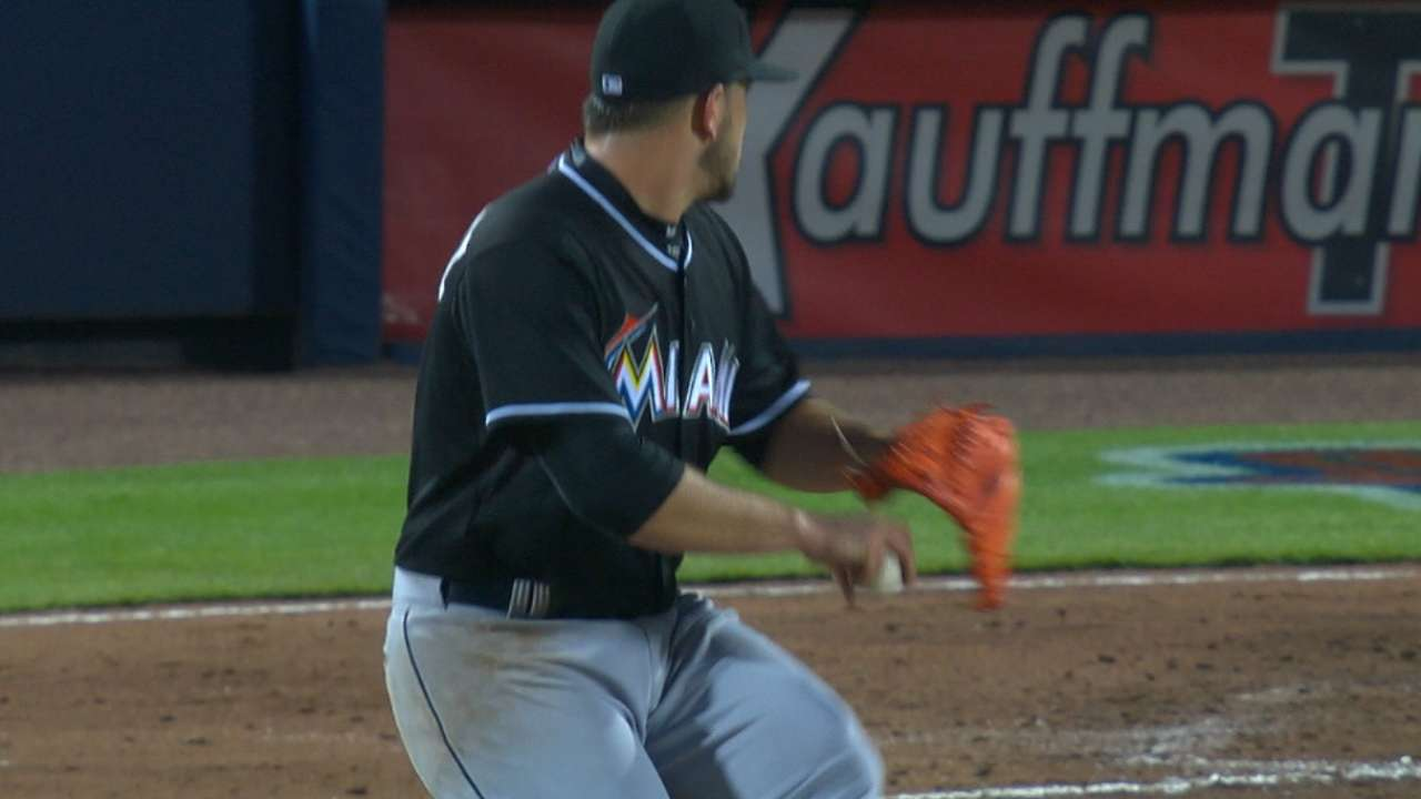 Marlins play it safe with Jose after 38-pitch inning