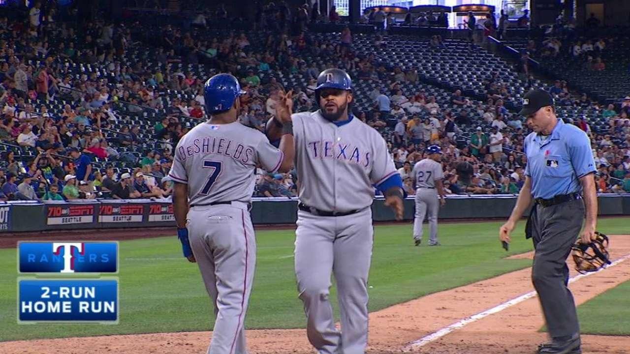 Fielder's two-run homer