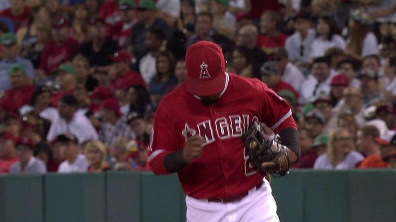 Herrera ayuda a Morgan, Filis, a ganar en San Diego