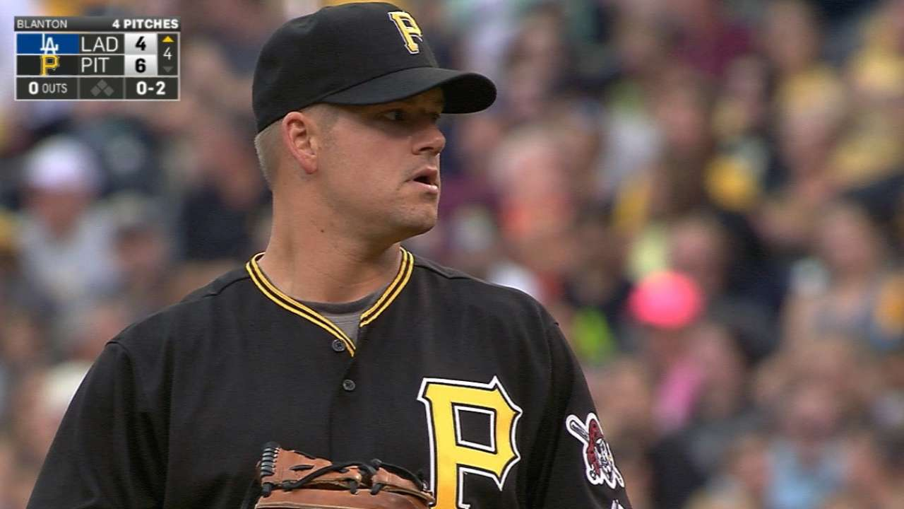 Joe Blanton throws 3 scoreless...