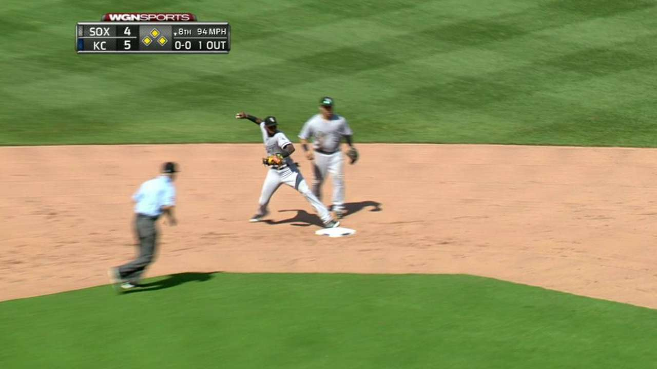 Petricka induces big double play