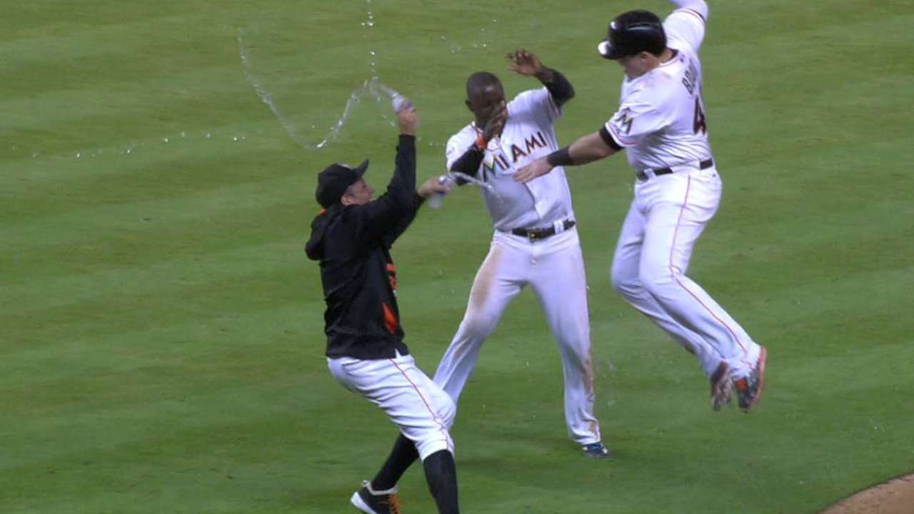 Bour's walk-off single leads Marlins over Red Sox