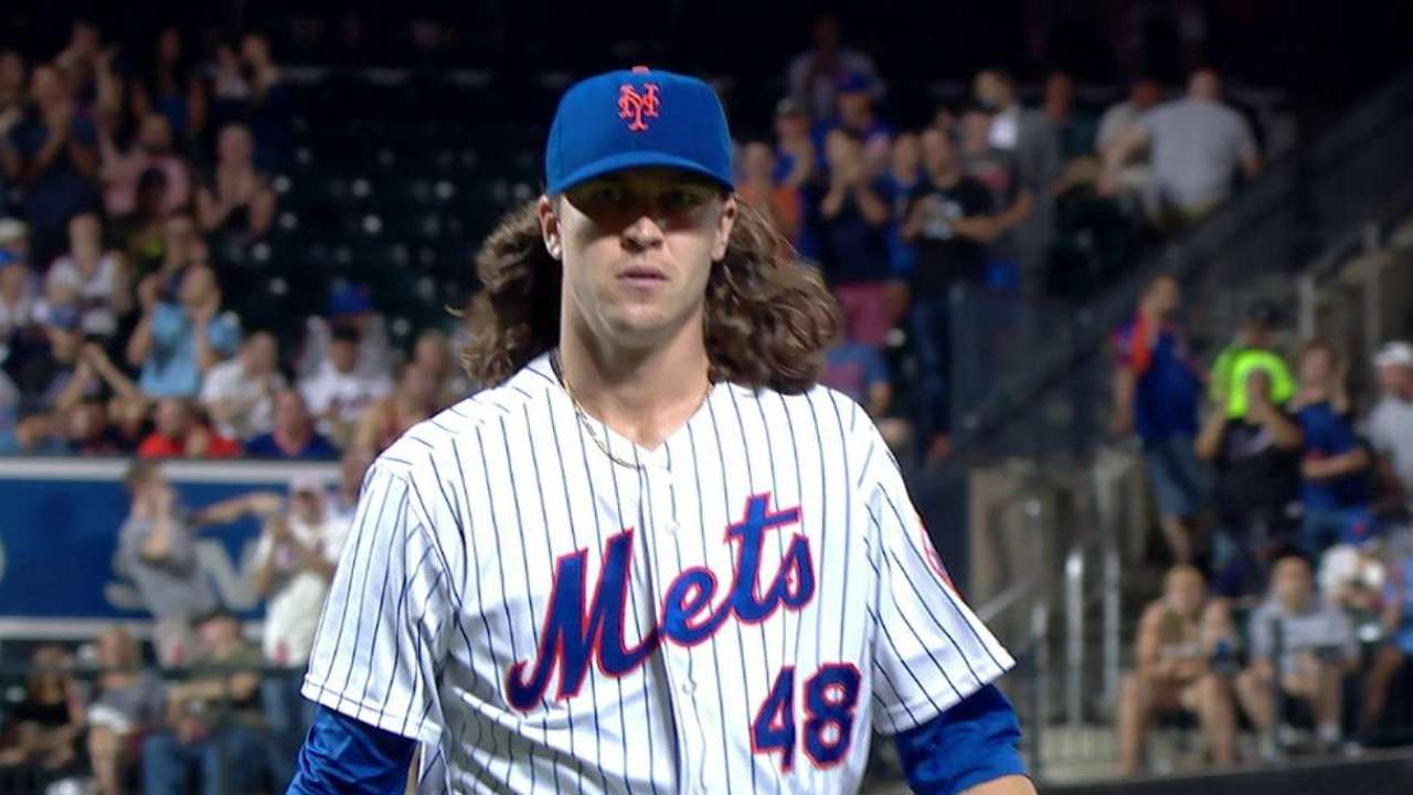 deGrom gets out of trouble
