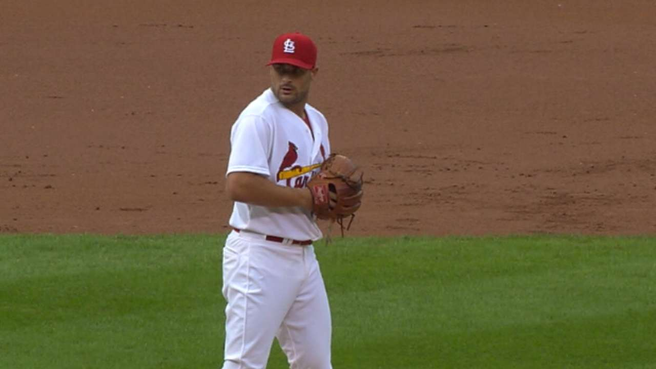 Lyons' scoreless relief outing