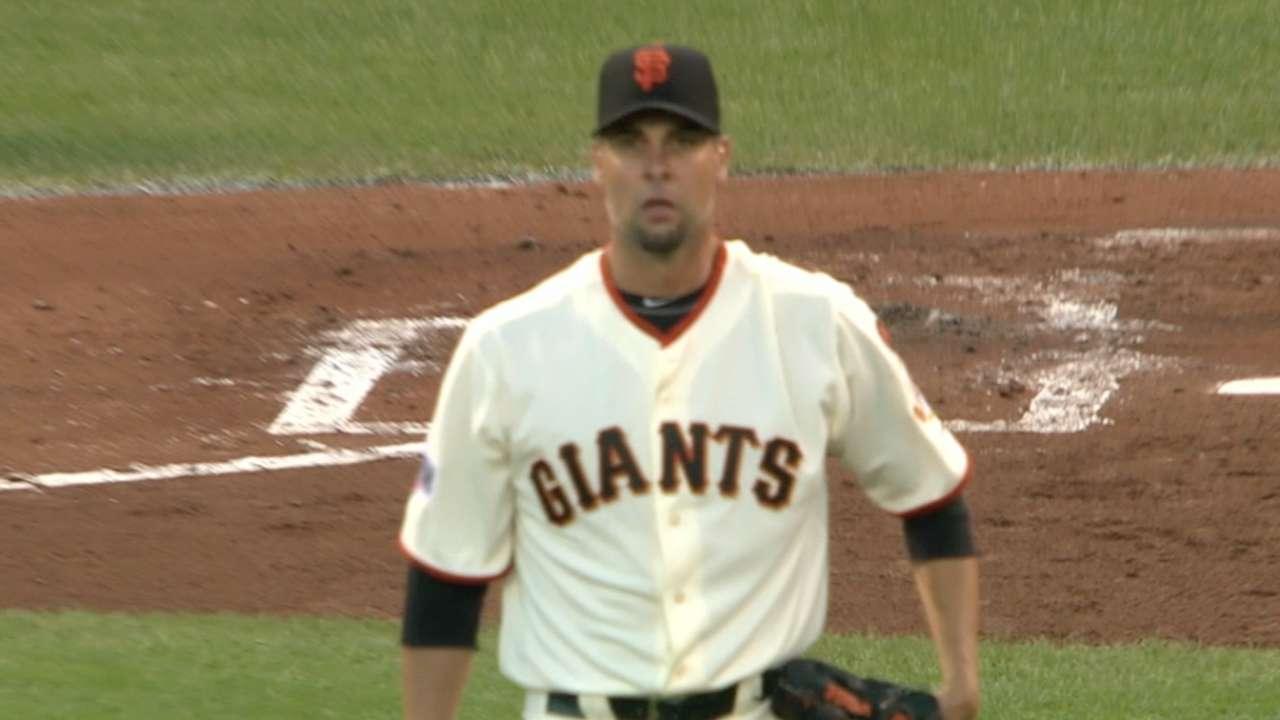 Vogelsong, Giants bullpen stymie Nationals