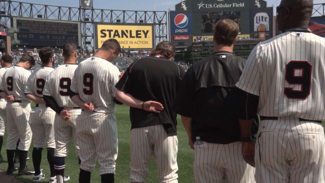 Sox honor legendary Minoso with throwbacks