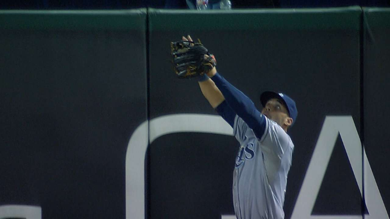 Kiermaier times leap perfectly to rob Prince