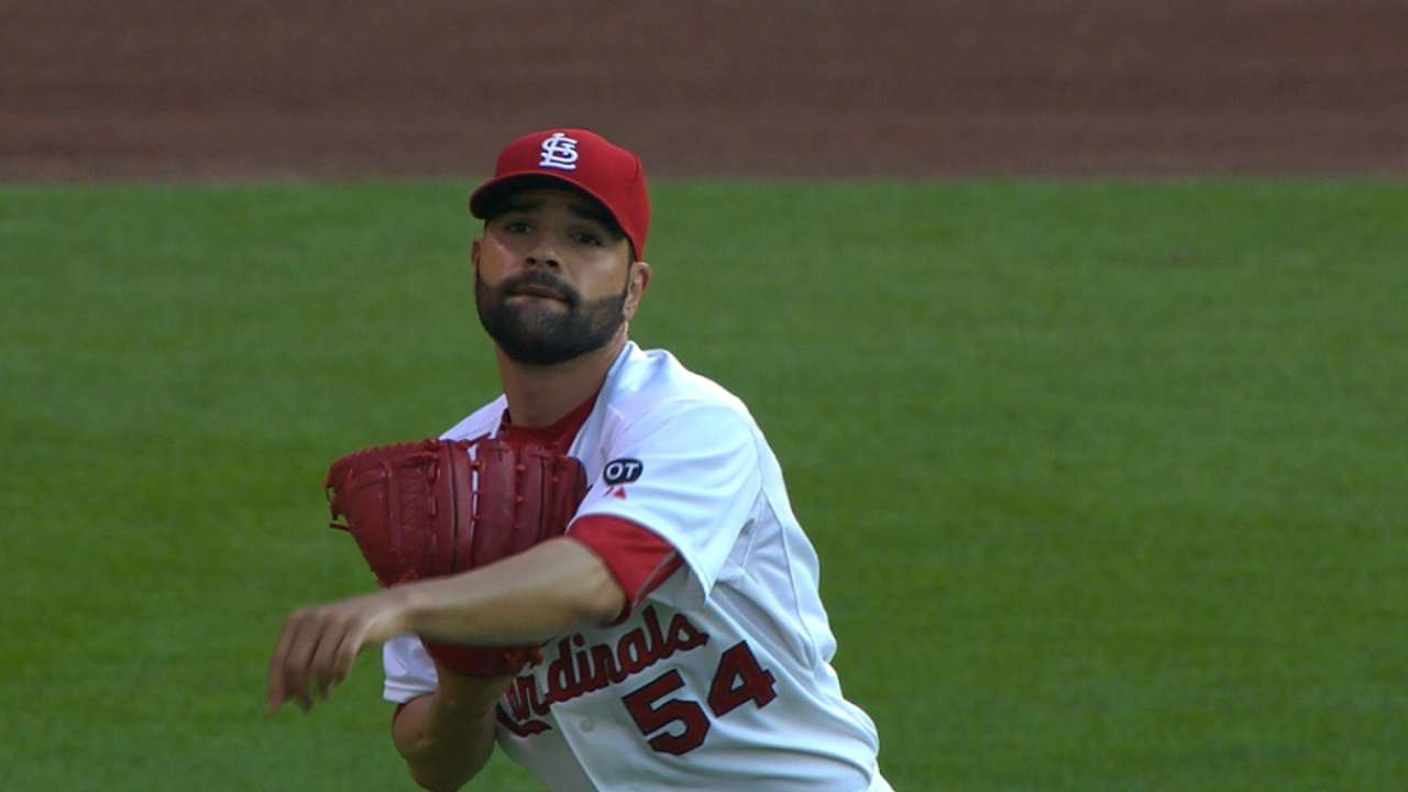 Garcia nearly goes distance as Cardinals sink Fish