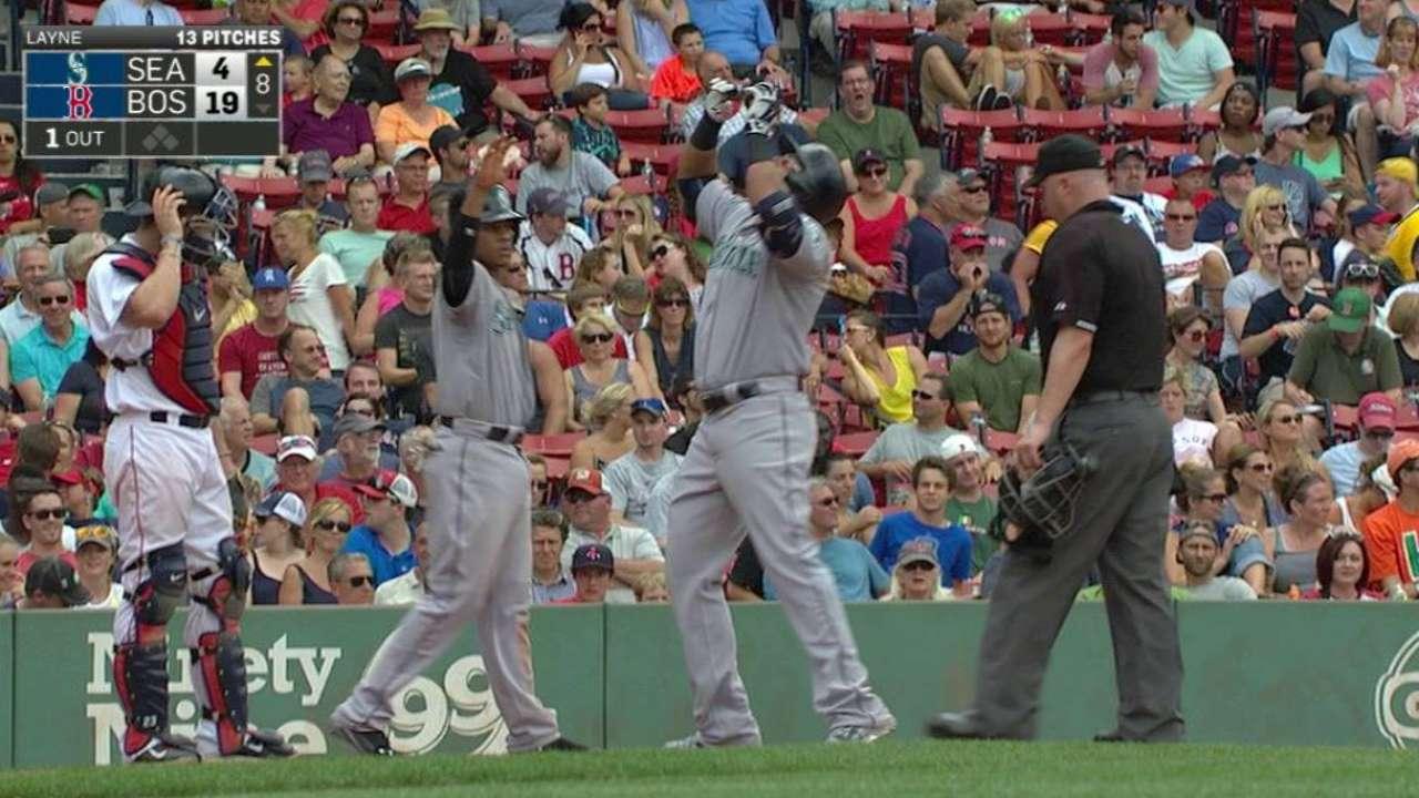 Cruz's two-run home run