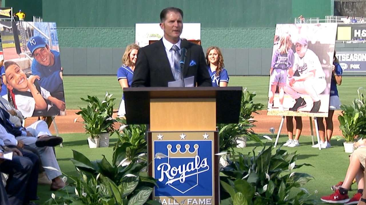 Sweeney enters Royals HOF with dad by his side
