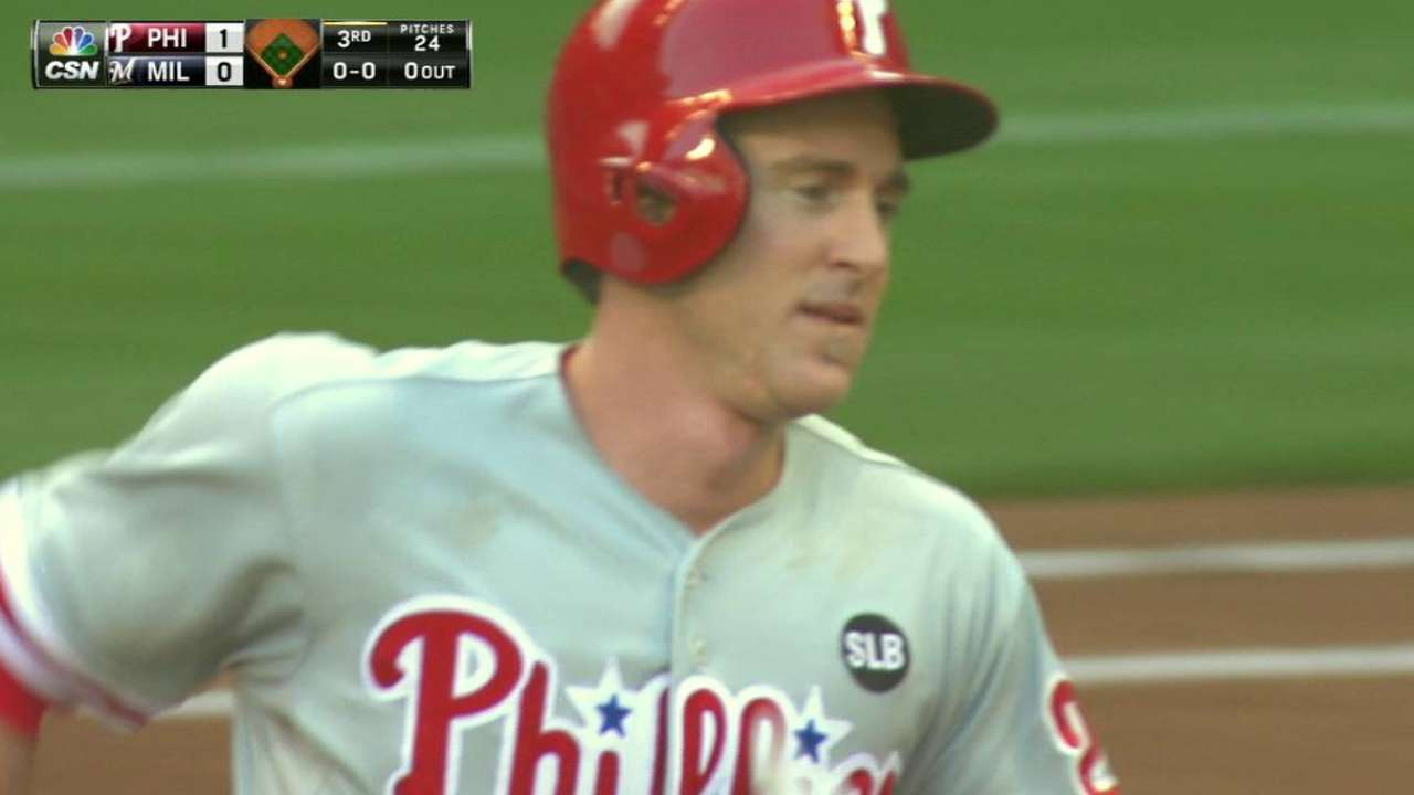 Playing time, cash concerns for Utley, Phils
