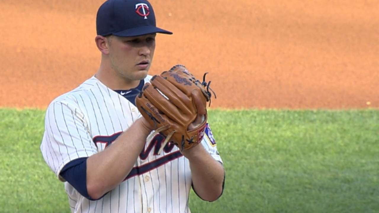 After tough debut, redemption for Duffey in win