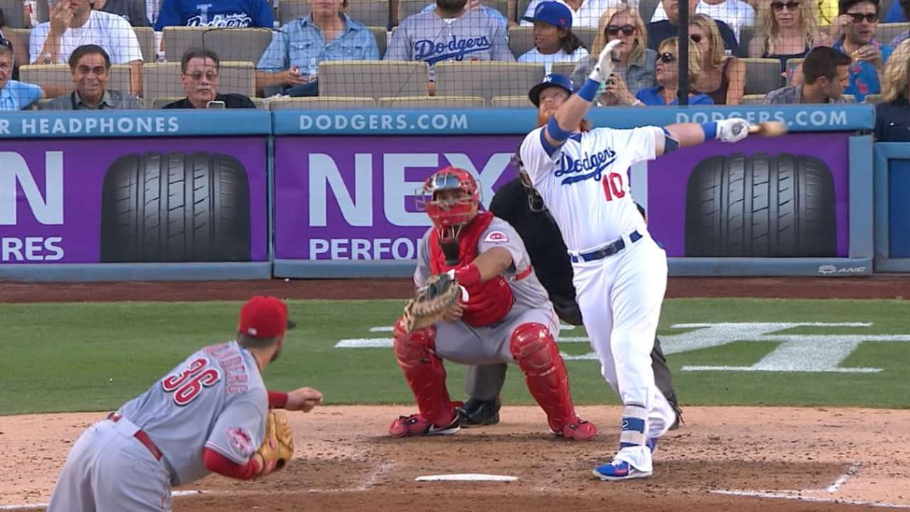 Dodgers crush four homers in win