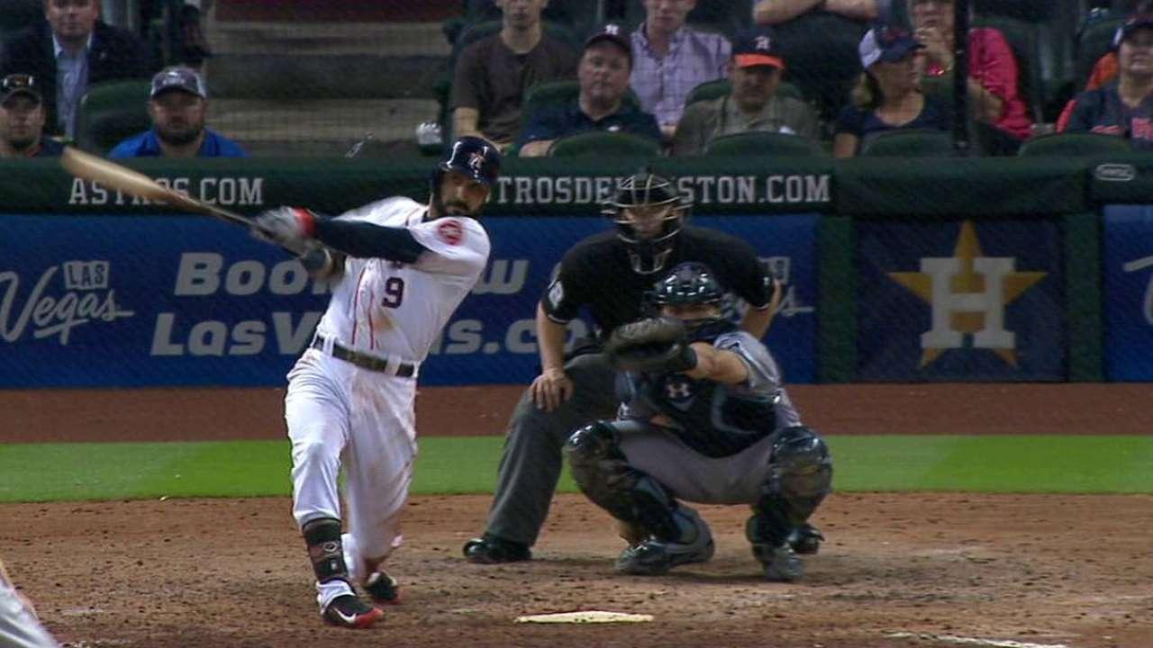 Astros dejan tendidos a Rays con HR de González
