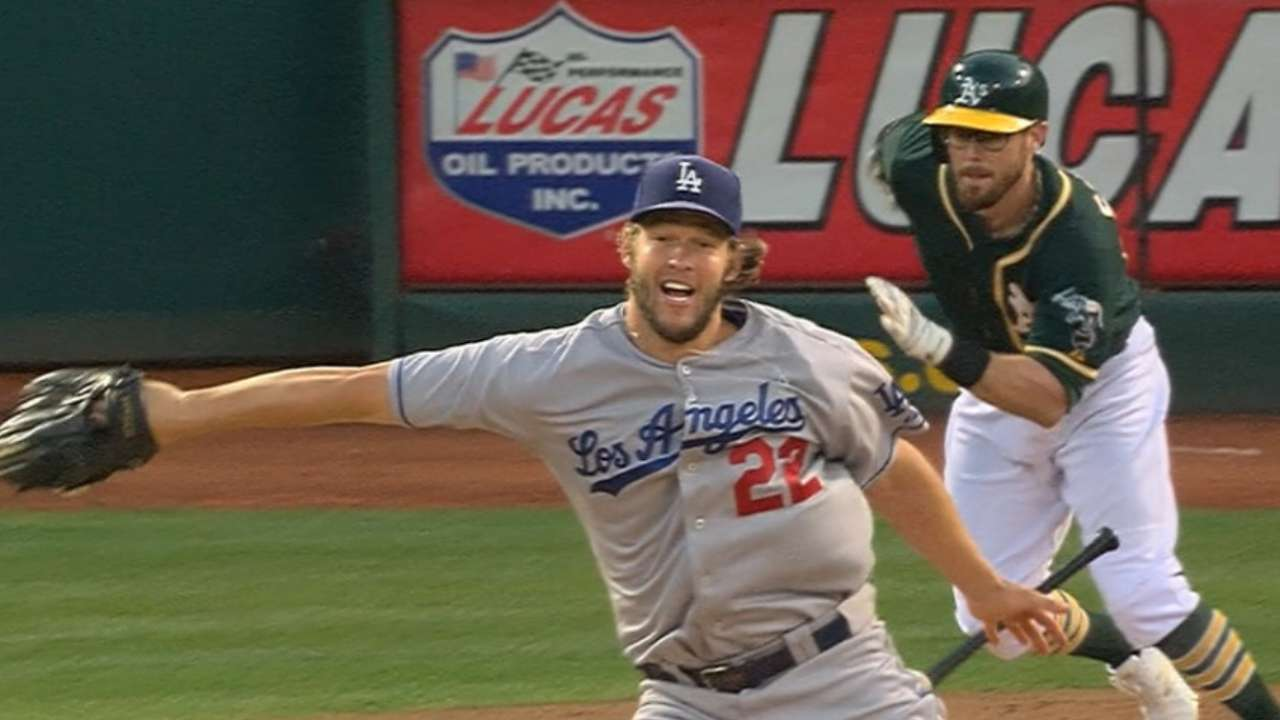 No-look play highlights Kershaw's eventful start
