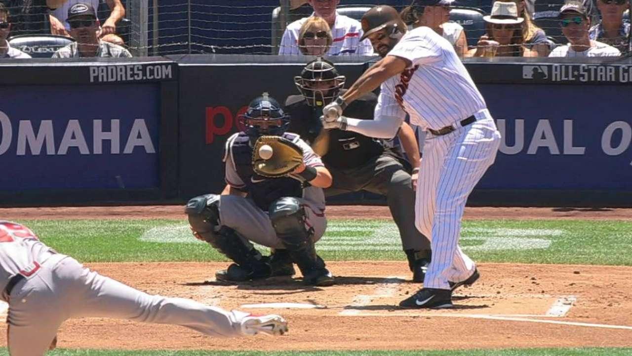 Kemp's single extends hit streak