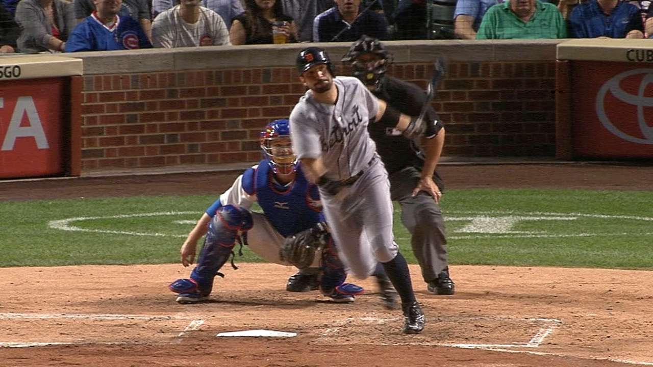 Castellanos helps power Tigers past Cubs