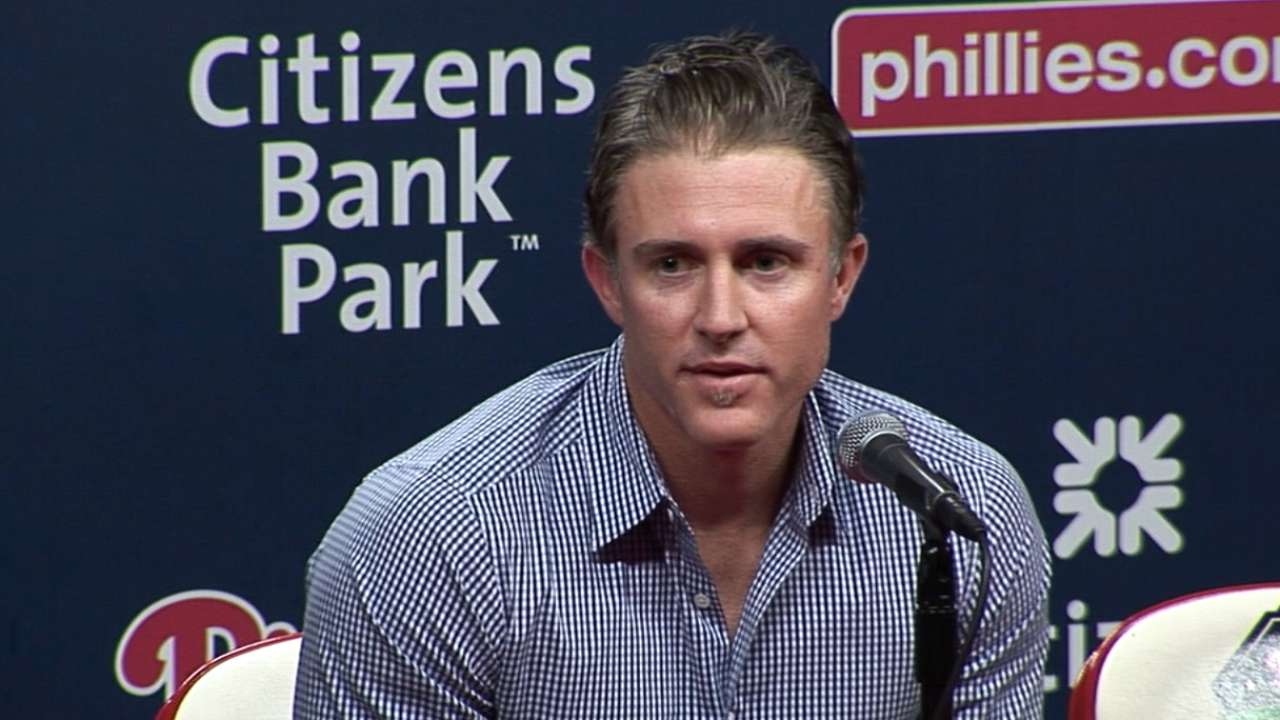 Dodgers wise to chase pennant with Utley