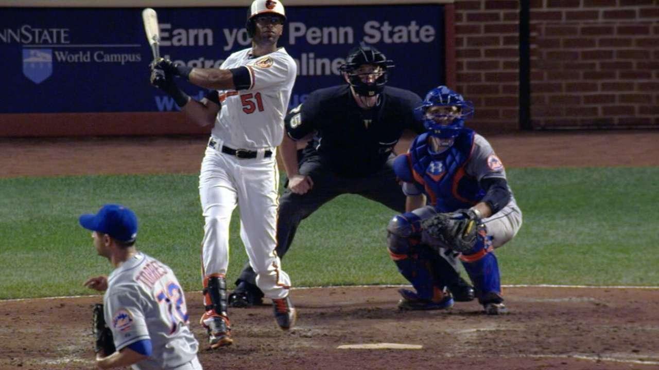 Urrutia's first MLB homer a walk-off for O's