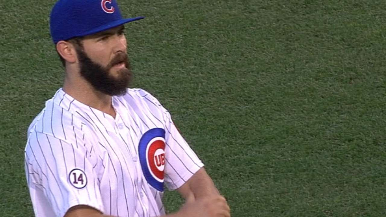 Arrieta first to 15 wins as Cubs rout Braves