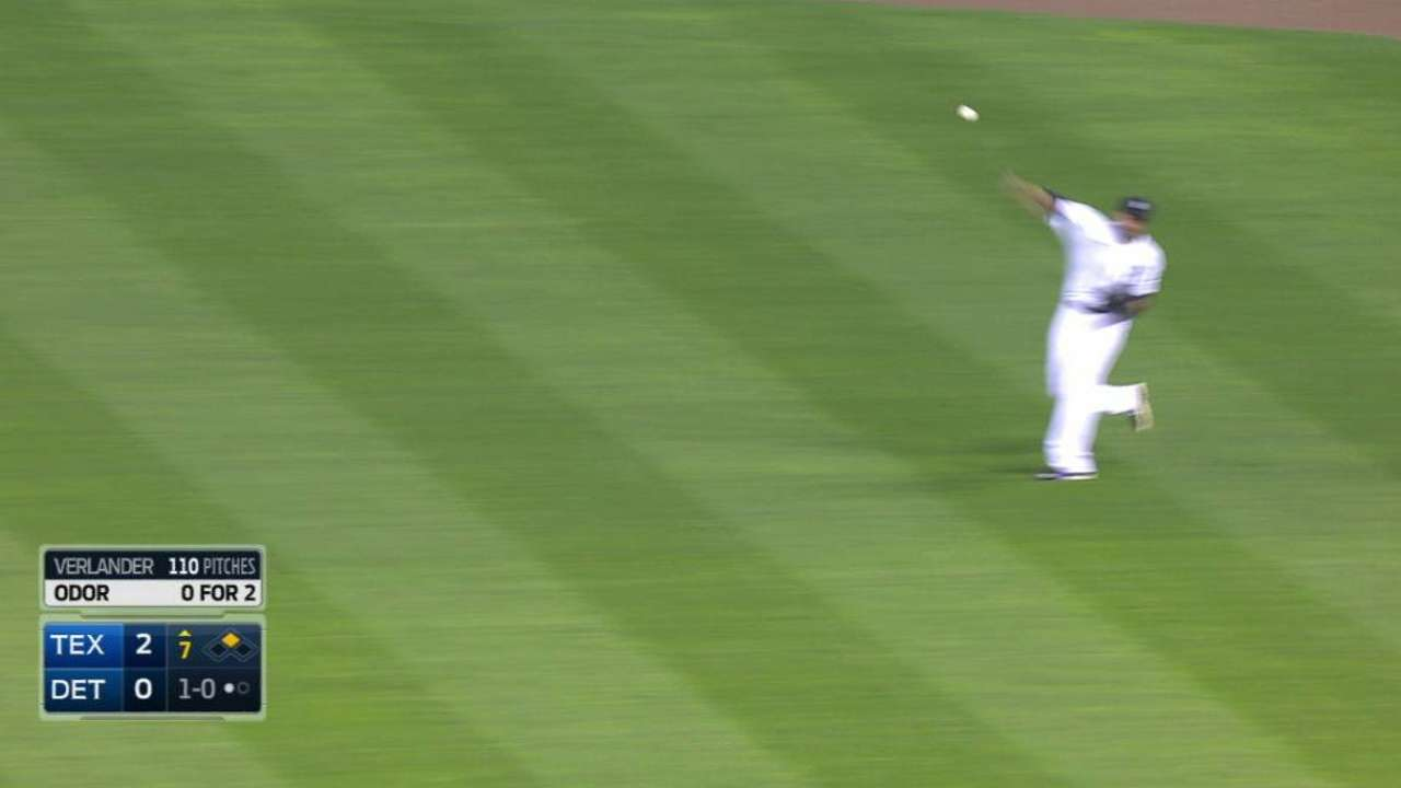 Martinez shows off cannon arm on throw to third