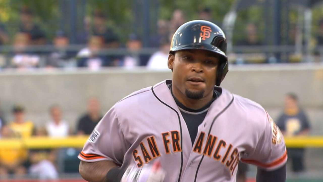 Byrd delivers with 3 hits, HR in Giants debut