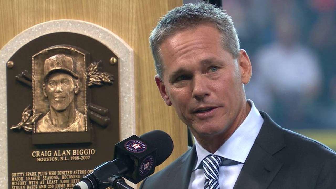 Astros honor Biggio