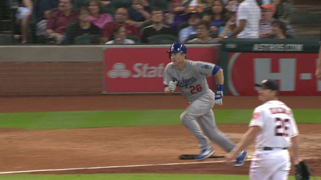 Utley's first hit as a Dodger