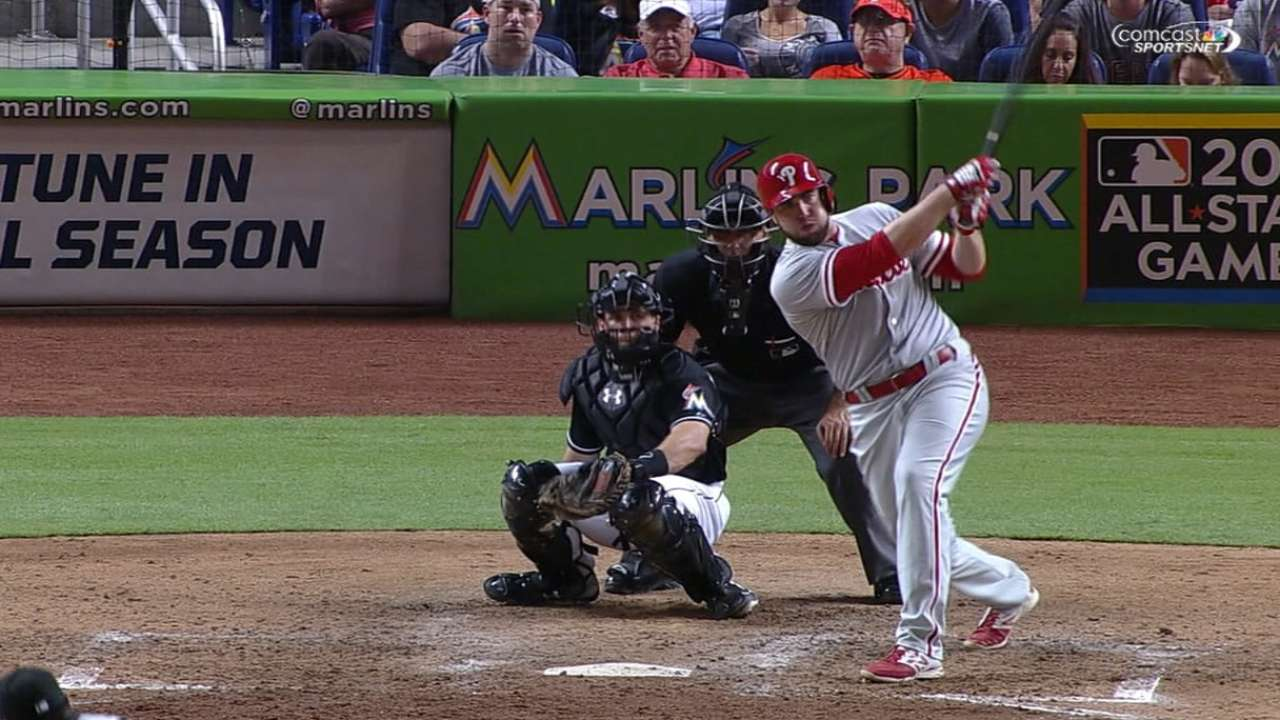 Late homer barrage lifts Phillies past Marlins