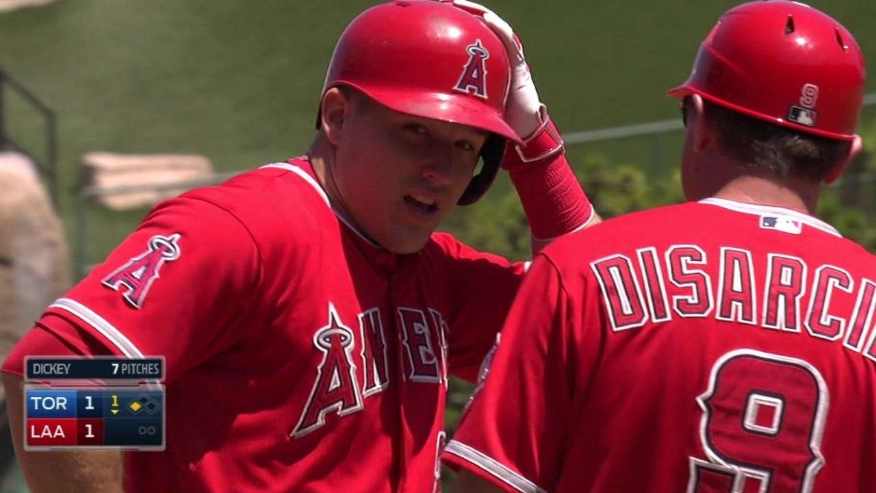 Angels hold team meeting, remain confident