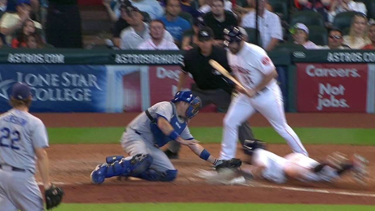 Kershaw gets Gomez stealing home