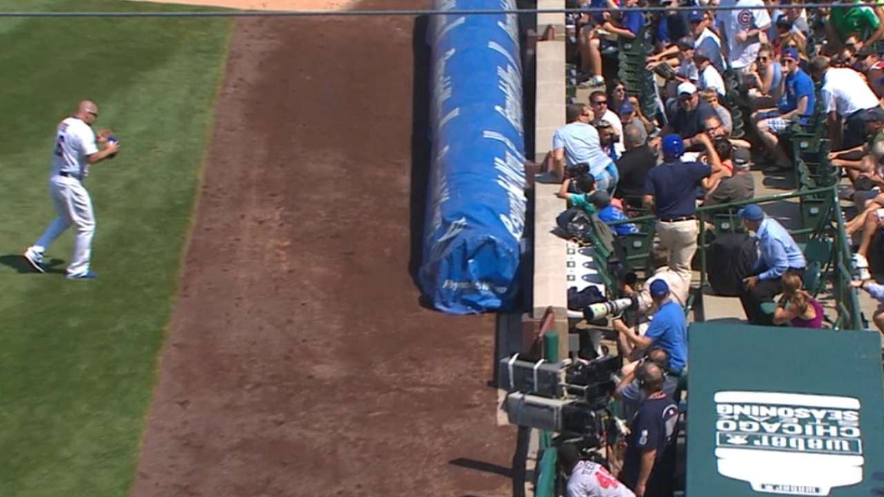 Fan struck by ball at Wrigley transported to hospital