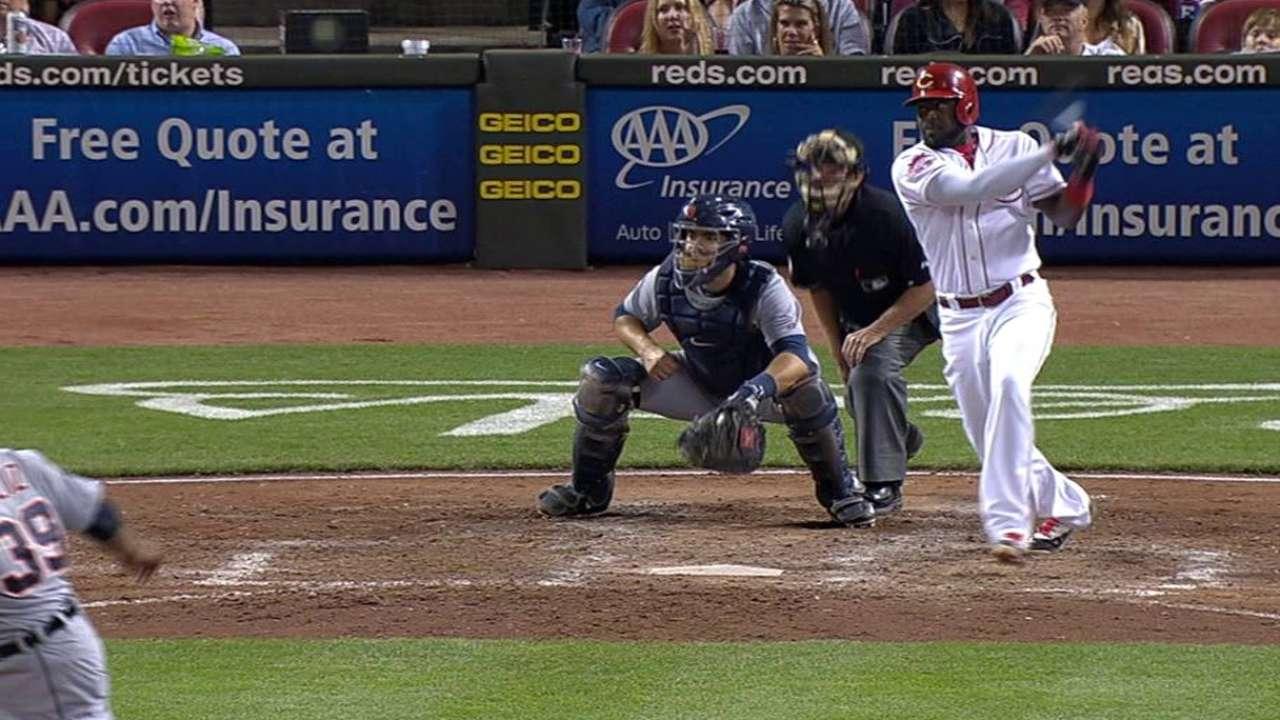 Phillips' two-run triple
