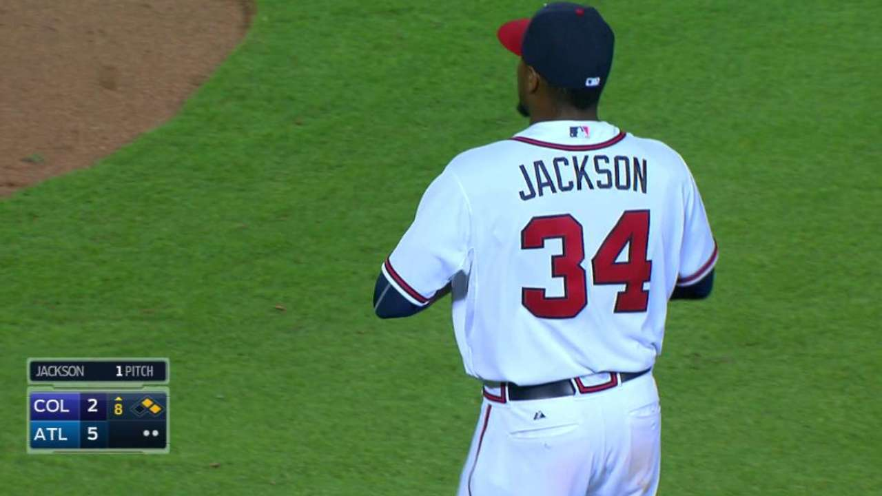 Jackson retires Reyes