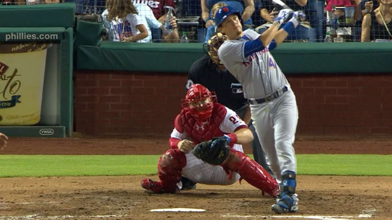 Mets set club records with 8 HRs, 15 XBH vs. Phils