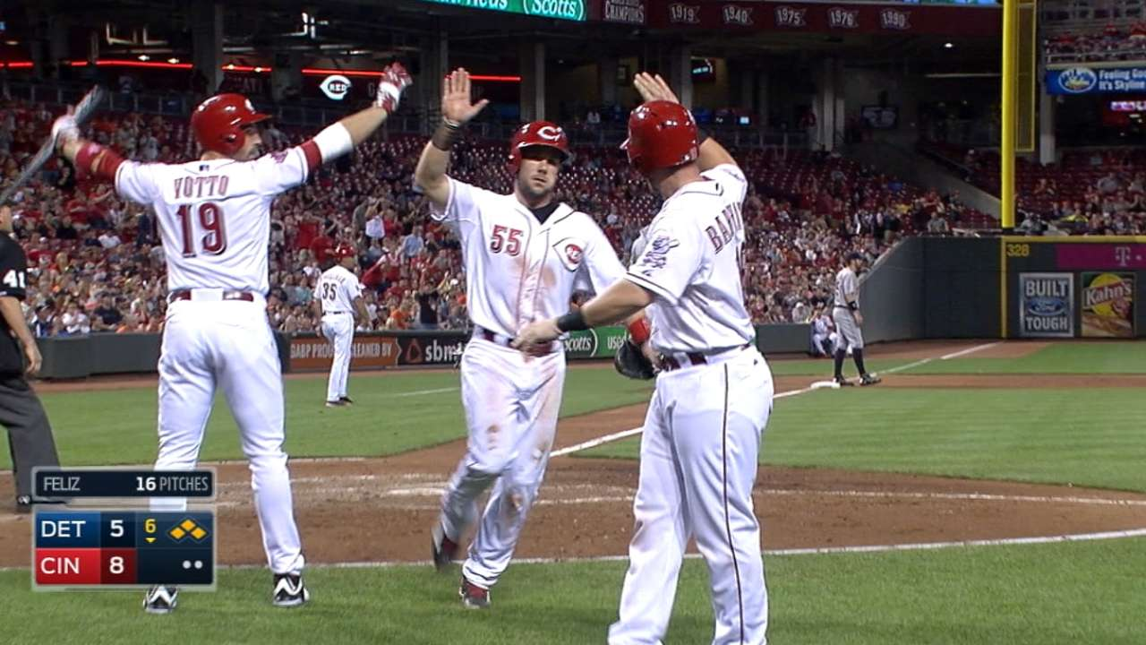 Reds end 9-game skid with 10-run 6th vs. Tigers