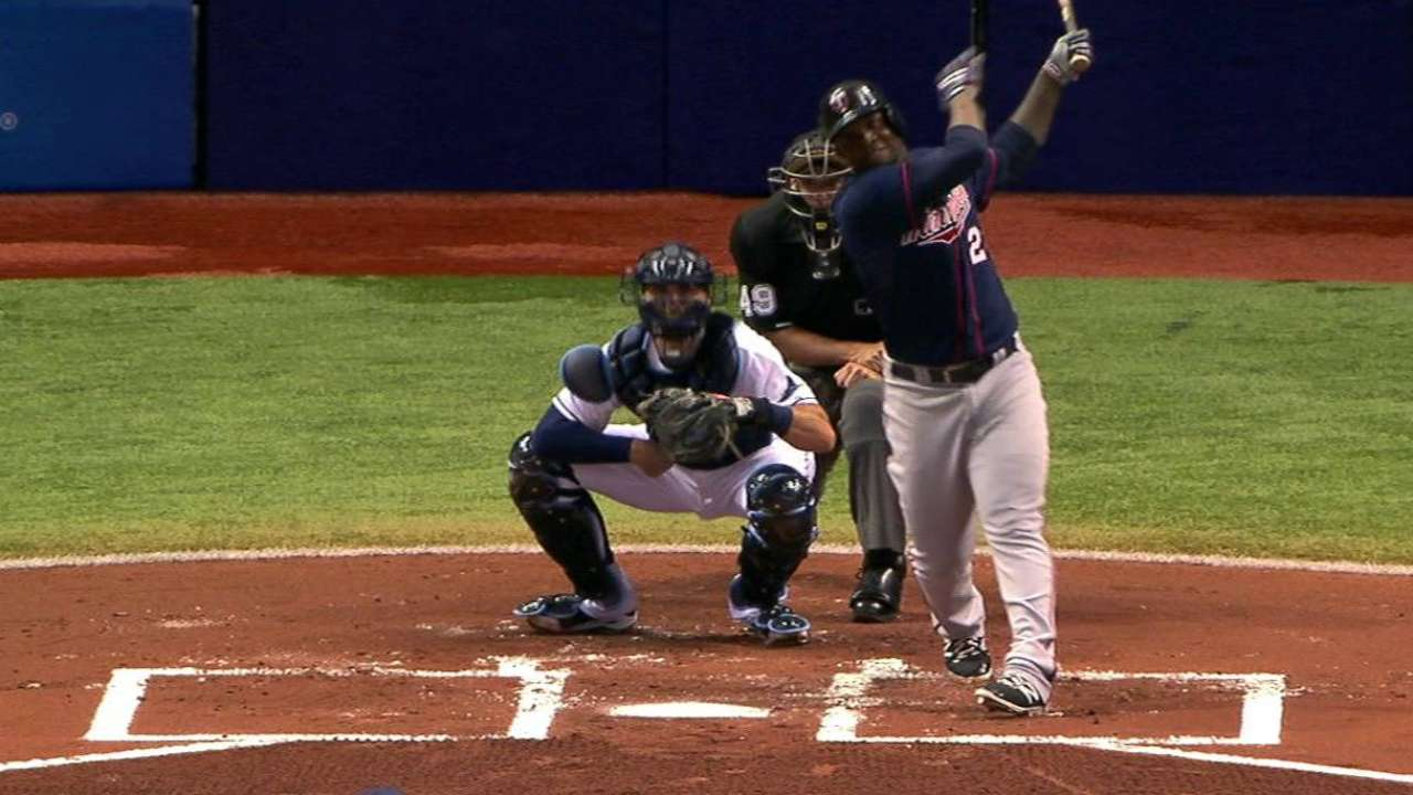 Twins' three homers top Rays in slugfest