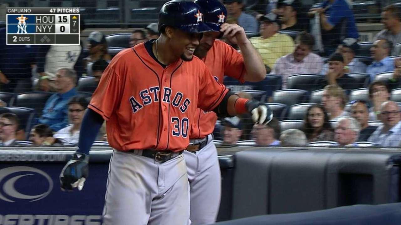 Gómez y Gattis encabezan paliza de Astros sobre Yankees