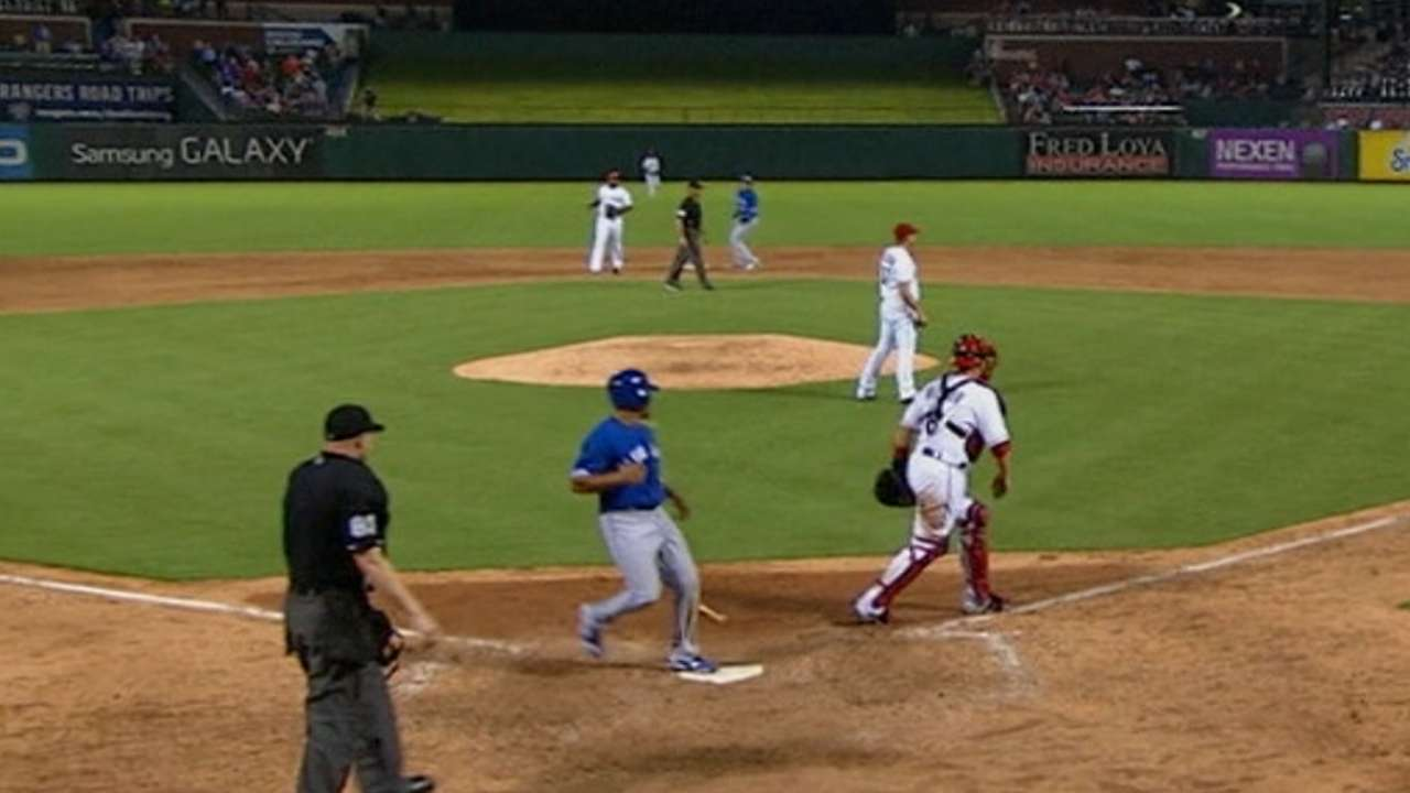 Rare lapses from Tolleson, Beltre lead to 'L'