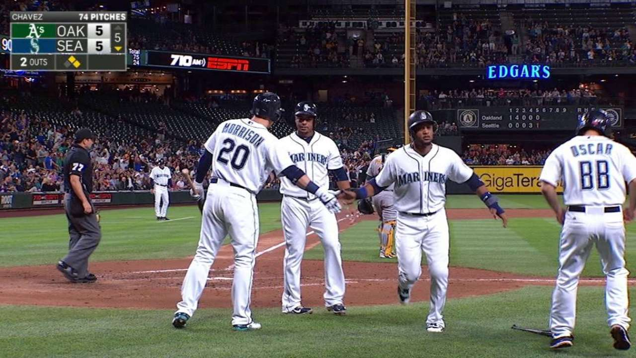 Mariners overcome early 5-run deficit, beat A's