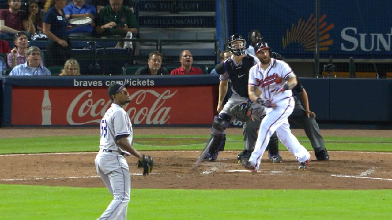 Braves' back-to-back homers