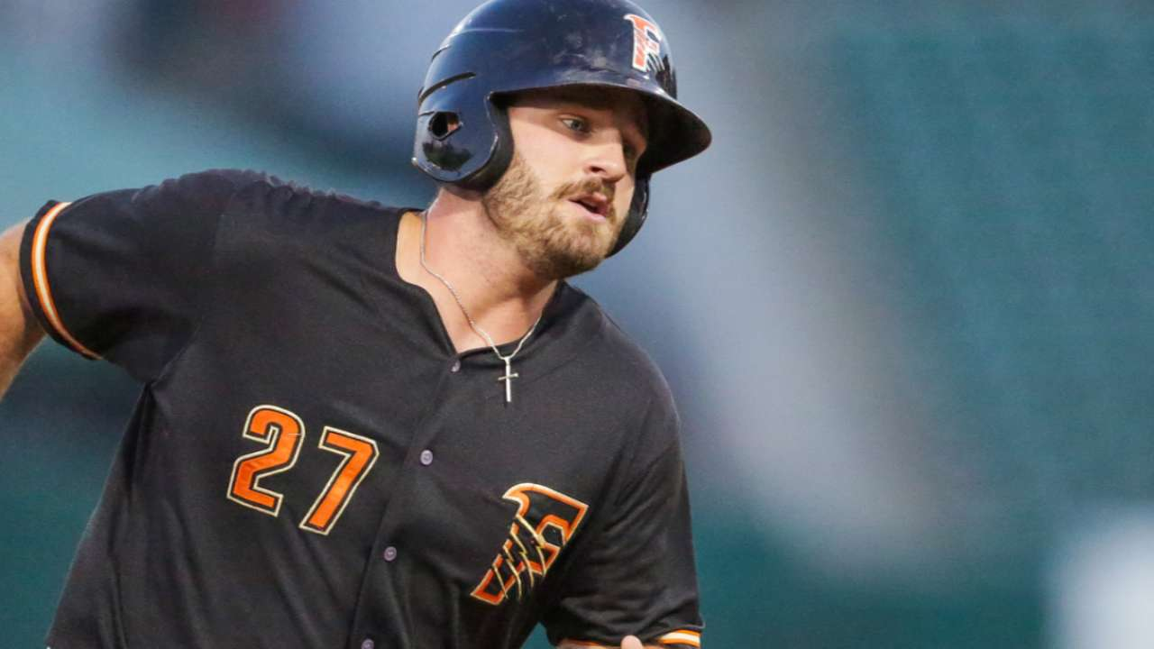 Astros' White among prospects impressing in Winter Leagues