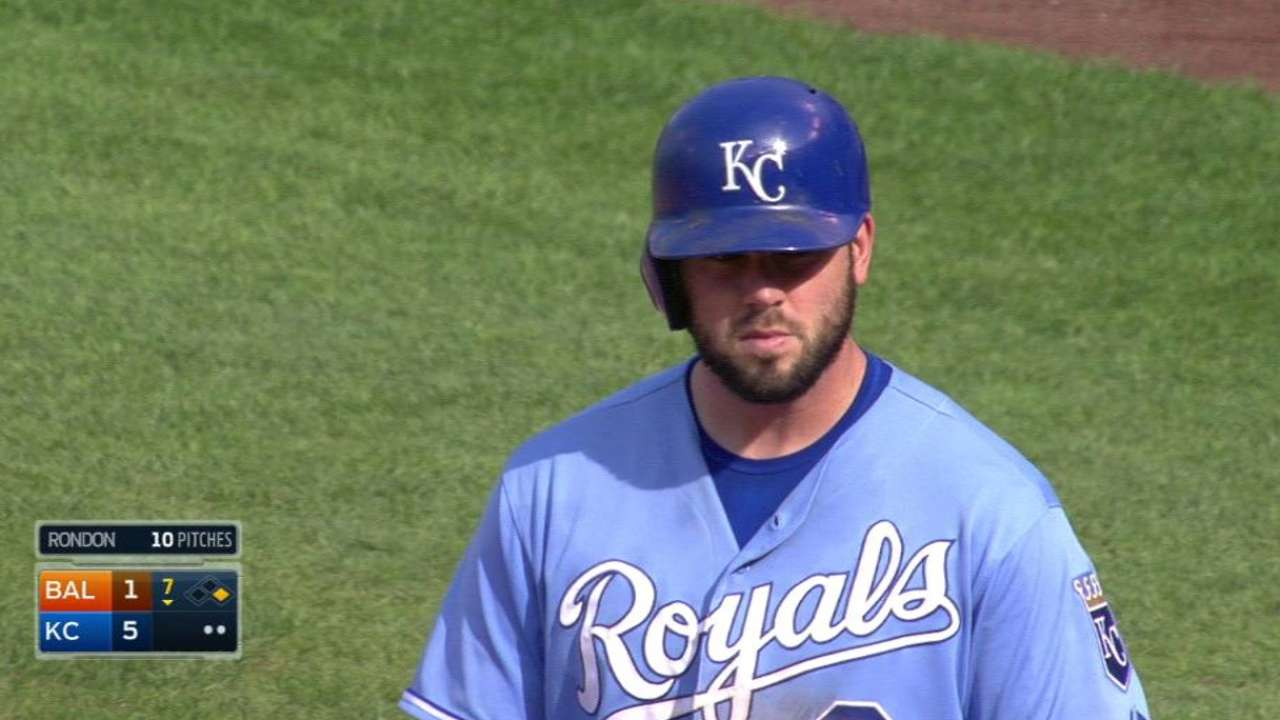 Moustakas' second RBI single