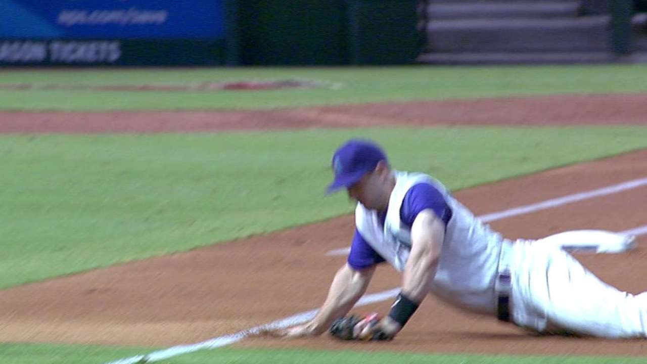 Goldy's diving play