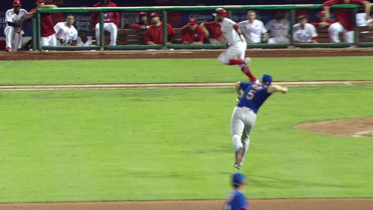 Wright's nice defense in 12th
