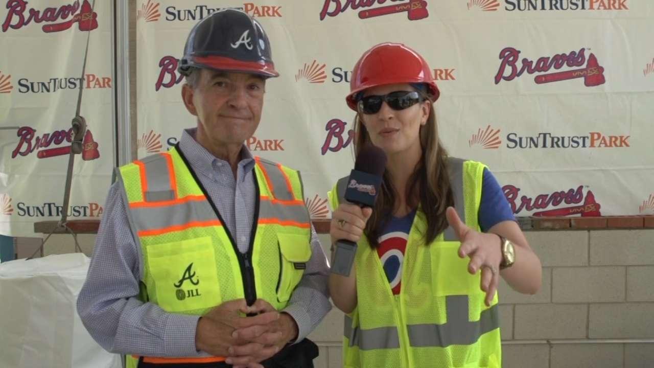 Braves lay first bricks at SunTrust Park