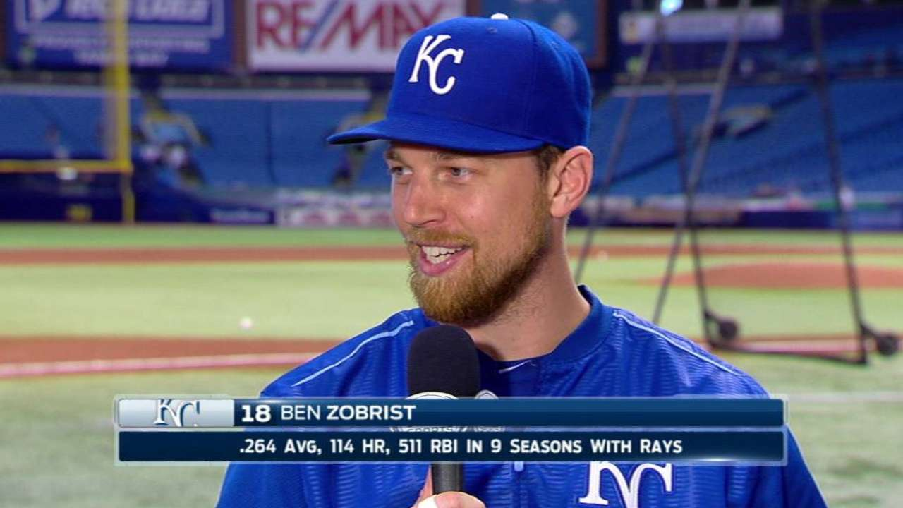 Zobrist honored by Rays in return to St. Petersburg