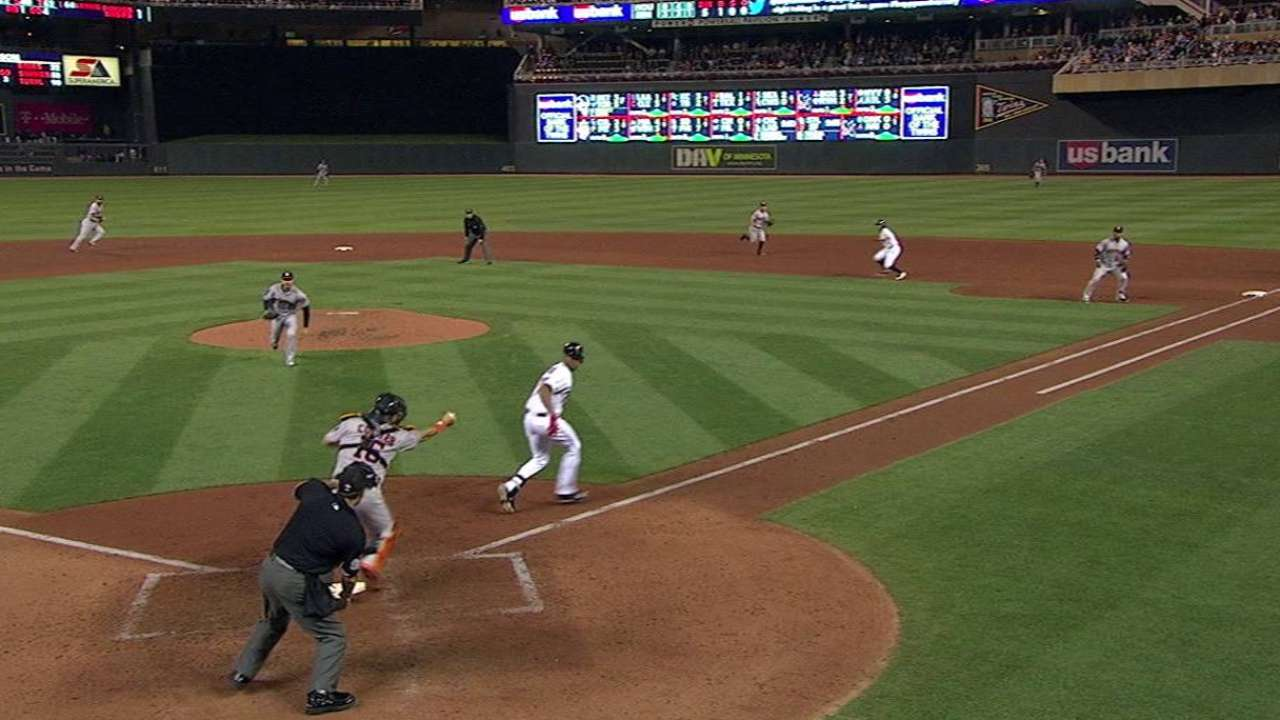 Kazmir solid, but Astros get blanked by Twins